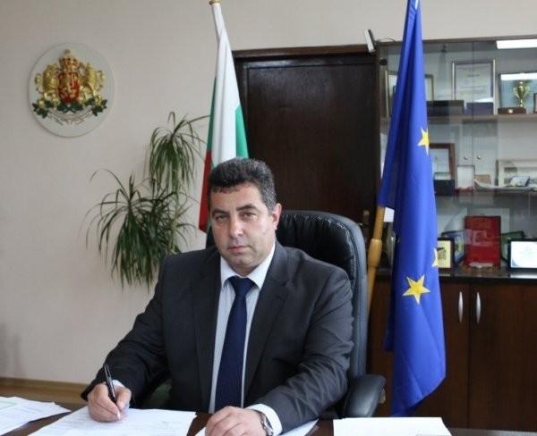 Областният управител на Русе с поздравителен адрес по случай Деня на Независимостта
