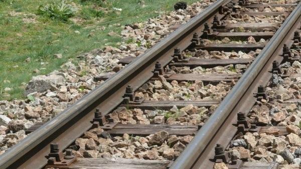 Мъж почина след като бе блъснат от влак в Русе